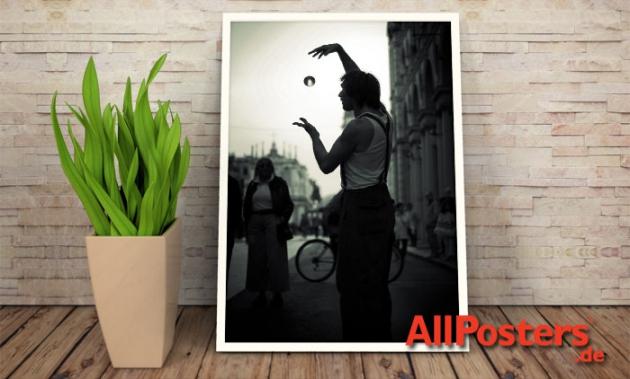 AllPosters.de ist seit 2005 der führende Anbieter für Poster, Kunstdrucke und Rahmungen in Deutschland.