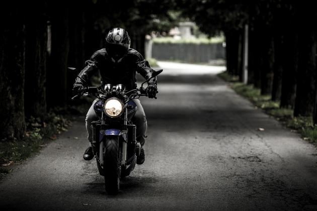 Jetzt Dein Motorrad- und Rolelrzubehör online shoppen