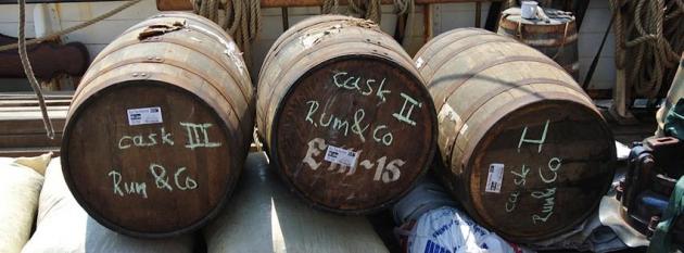 Fässer von Rum&Co